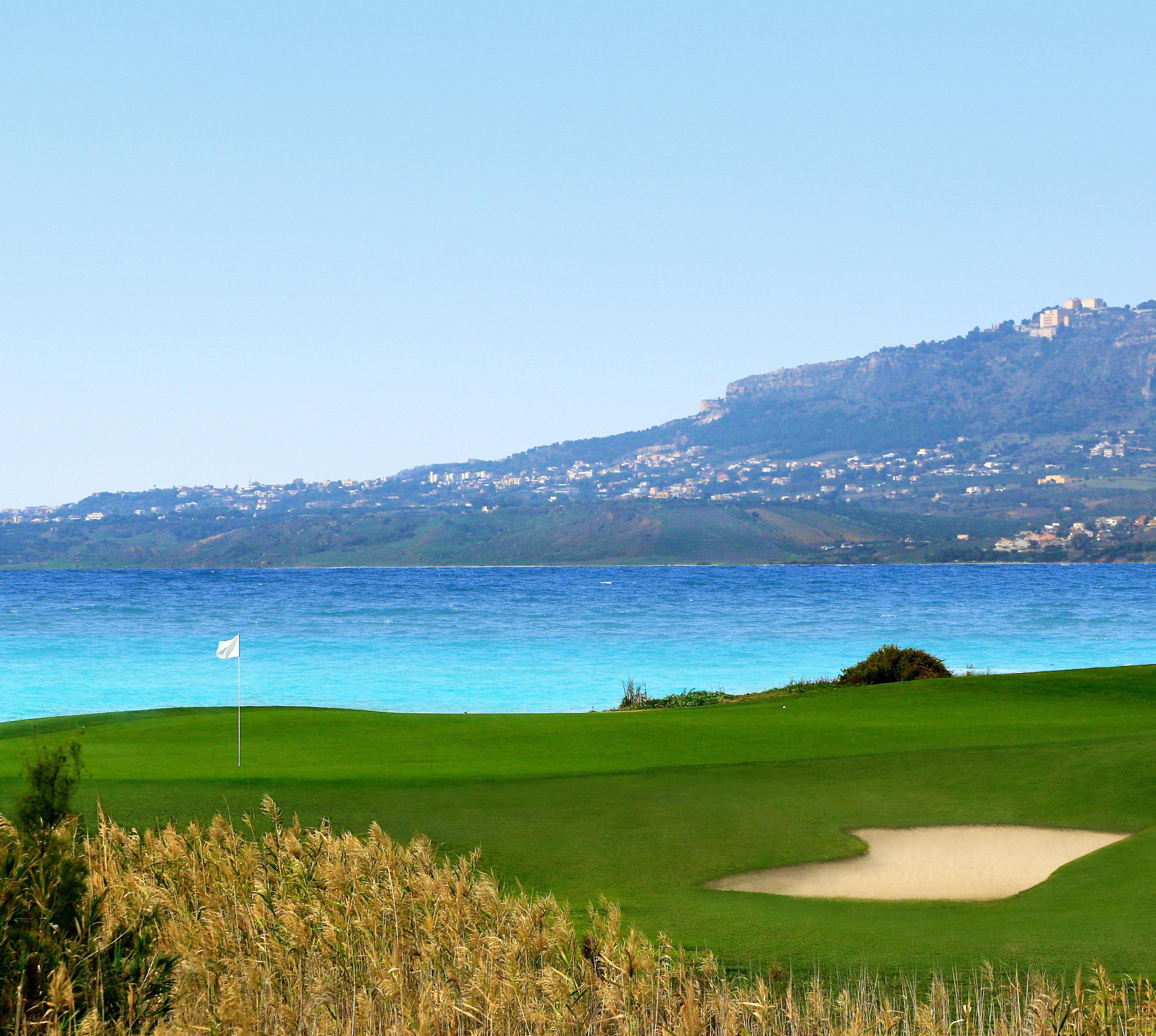 Iron Play - Golf Travel